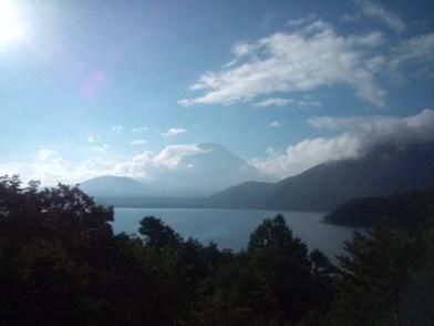 2012年夏 本栖湖からの富士山
